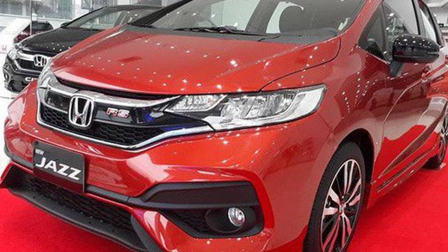 Đại lý giảm sốc 100 triệu đồng cho Honda Jazz