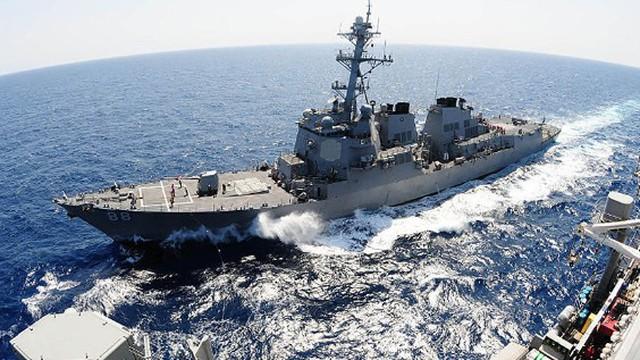 Mỹ lại triển khai 2 tàu chiến qua eo biển Đài Loan thách thức Trung Quốc