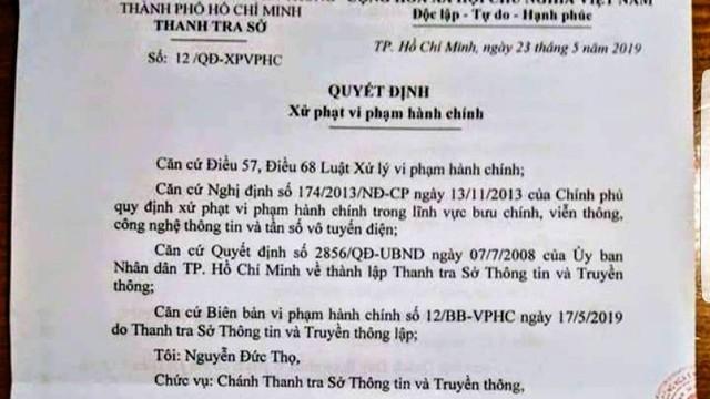 Chuyên viên Văn phòng UBND TP.HCM bị phạt vì đăng Facebook