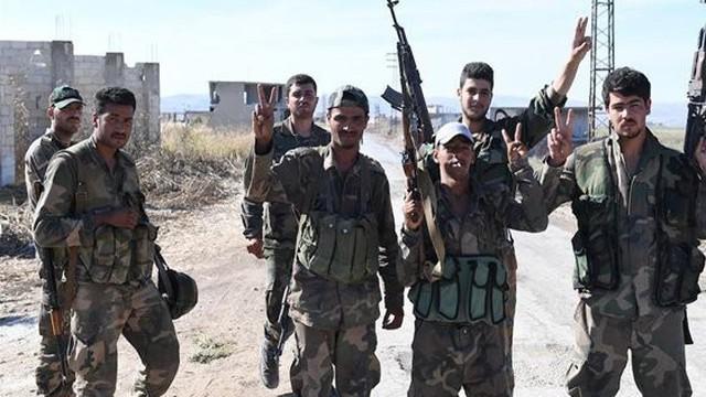 """Phản công ở Hama, quân đội Syria bắt giữ 30 nhân viên tình báo nước ngoài """"đáng ngờ"""""""