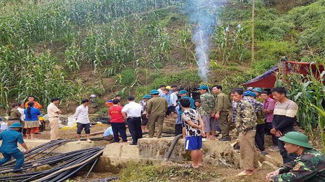 120 người nỗ lực tìm kiếm nạn nhân mắc kẹt suốt 7 ngày trong hang