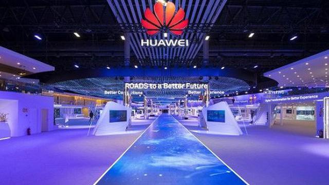 Quan chức Nhà Trắng yêu cầu hoãn áp dụng lệnh cấm Huawei trong 2 năm