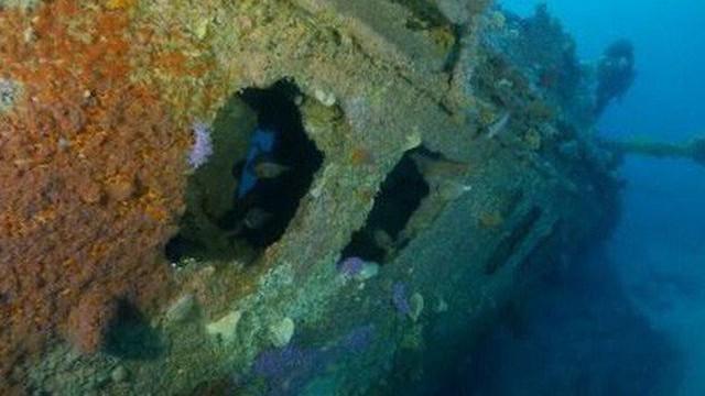 """""""Mộ phần"""" dưới đáy biển lộ diện sau 1 thế kỷ"""
