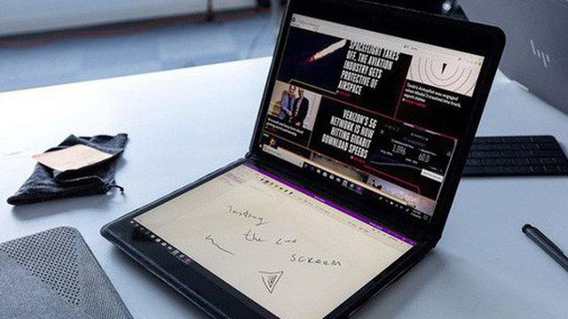 Laptop trở lại thời hoàng kim, ngày càng kỳ quặc nhưng không kém phần thú vị