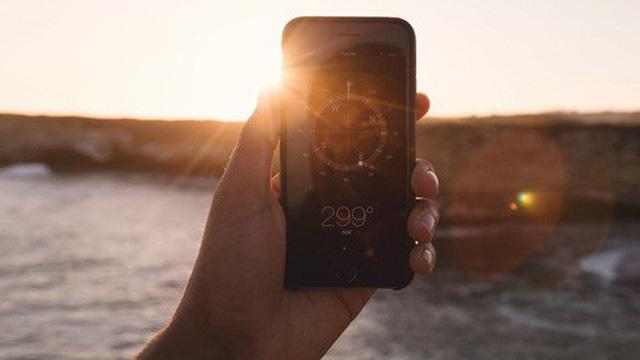 Hoảng hồn với tia UV đạt mức báo động ngày nắng, phát hiện nhờ thứ ít ai biết của Apple