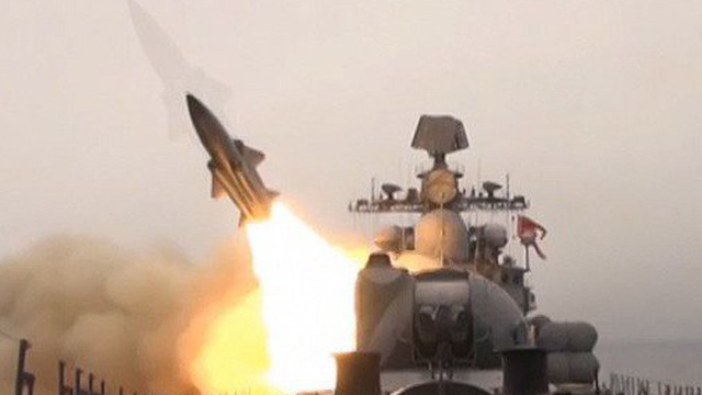 Video: Tàu chiến Nga phóng hàng loạt tên lửa diệt mục tiêu trên biển Nhật Bản
