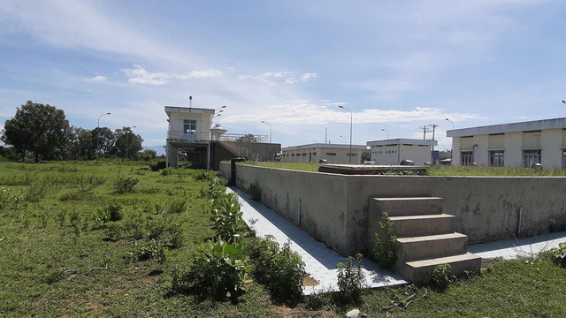 Nhà máy nước hơn 230 tỷ đồng: Xây xong... bỏ hoang!