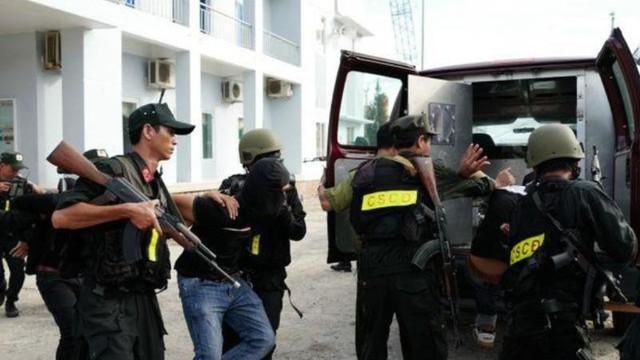 Hà Nội cấm đường để diễn tập chống khủng bố quy mô lớn