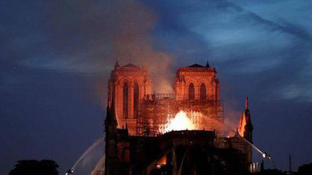 Paris vẫn bị ô nhiễm chì sau vụ cháy Nhà thờ Đức Bà
