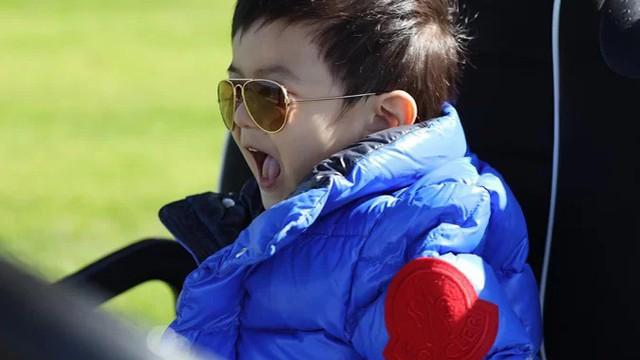Con trai 2 tuổi của Đan Trường kiếm hơn 20 triệu một tháng gây 'choáng'