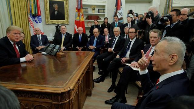 Chuyên gia: Trung Quốc xuống nước 80%, thỏa thuận thương mại giờ phụ thuộc Mỹ