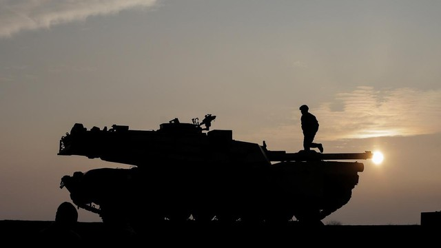 NATO tung 'độc chiêu' khiến sức mạnh quân sự áp đảo của Nga trở nên vô dụng?