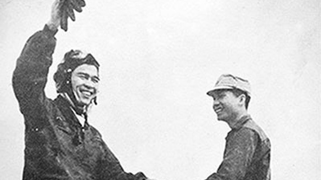 Đại tá Nguyễn Văn Bảy - Anh hùng phi công dung dị