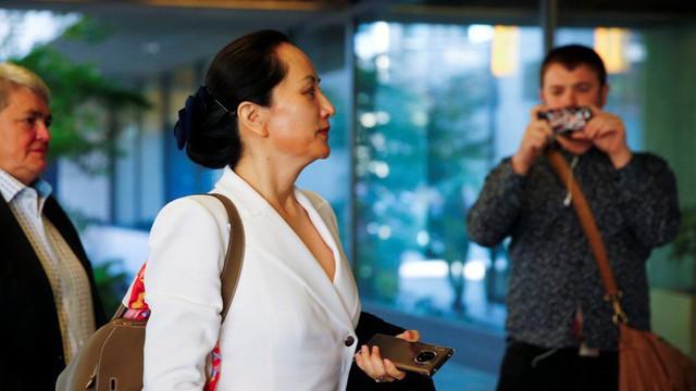 Canada tiết lộ mẩu giấy chép tay của cảnh sát về Giám đốc Huawei