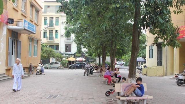 Hơn 1 tháng sau vụ cháy Rạng Đông, nhiều hộ dân Hạ Đình chưa dám về nhà