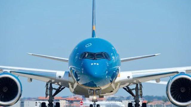 Máy bay liên tục rách lốp khi hạ cánh xuống Nội Bài và Tân Sơn Nhất