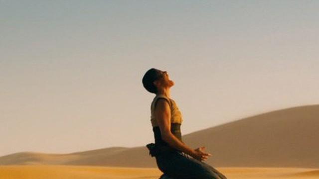 Làm thế nào để tìm ra nước khi bạn mắc kẹt trên sa mạc?