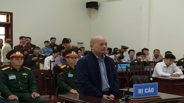 """""""Út trọc"""" Đinh Ngọc Hệ cùng 8 người khác bị khởi tố trong vụ án mới"""