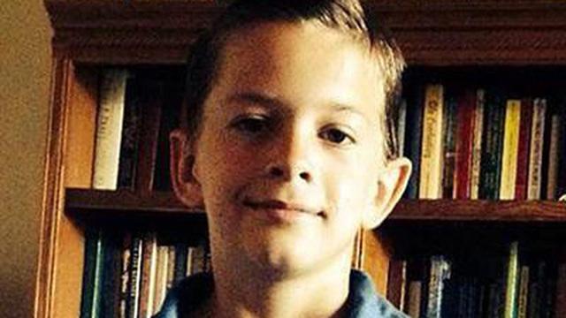 Hành động nhanh trí, bé trai 13 tuổi cứu 6 anh chị em thoát vụ thảm sát đẫm máu