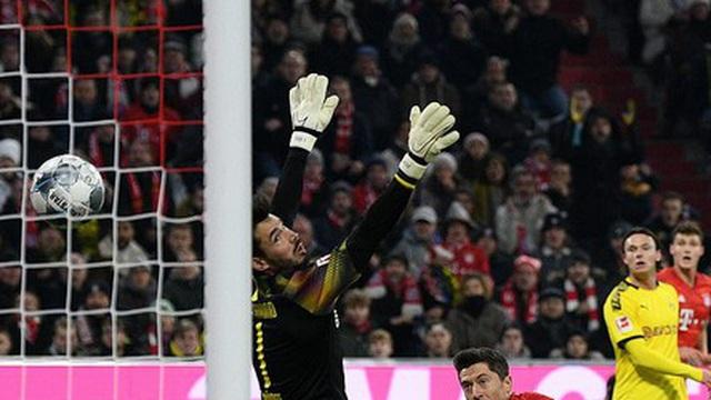 "Bayern Munich 4-0 Dortmund: Robert Lewandowski ""hủy diệt"" đội bóng cũ"