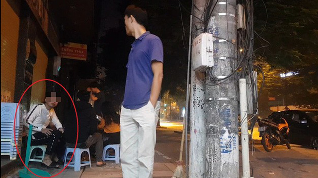 """Hà Nội: Tái diễn mời chào mại dâm rồi lừa đảo, cưỡng đoạt tài sản của khách trên phố """"sung sướng"""""""