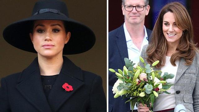 Công nương Kate xuất hiện khác lạ trong sự kiện mới khiến em dâu Meghan Markle mất mặt vì khác biệt một trời một vực