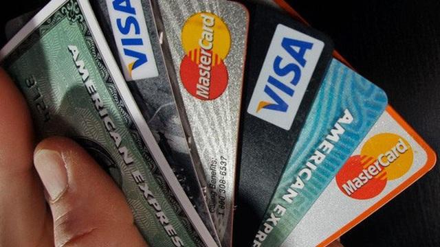 Tiền rẻ, người dân Mỹ đang ngồi trên núi nợ 14 nghìn tỷ USD