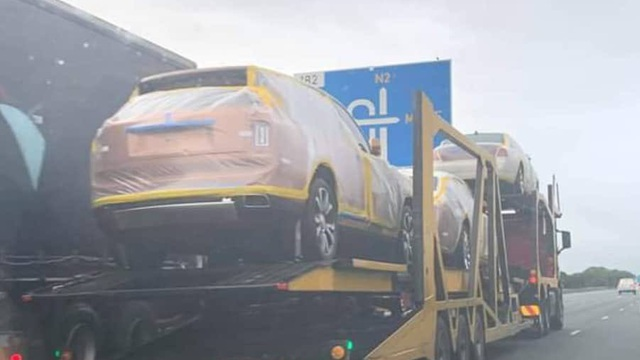 Sau 19 xe Rolls-Royce, vua châu Phi chi núi tiền 'tậu' hàng trăm chiếc BMW?