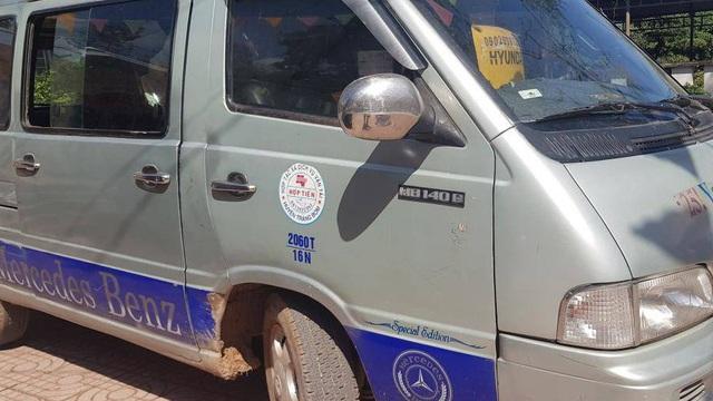 """Vụ ô tô """"đánh rơi"""" học sinh trên QL1: Tài xế sử dụng bằng lái giả"""