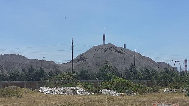 Thực hư việc dùng chất thải nguy hại của Formosa Hà Tĩnh san lấp mặt bằng