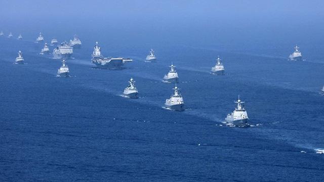 Một tháng, hải quân Trung Quốc có thêm 6 tàu chiến lớn