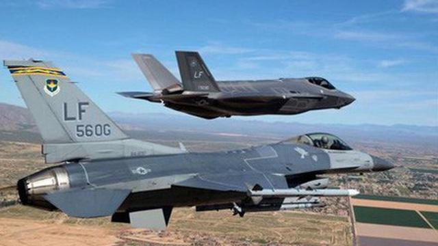 """Iran làm được điều """"không tưởng"""" với máy bay tàng hình F-35 của Mỹ?"""