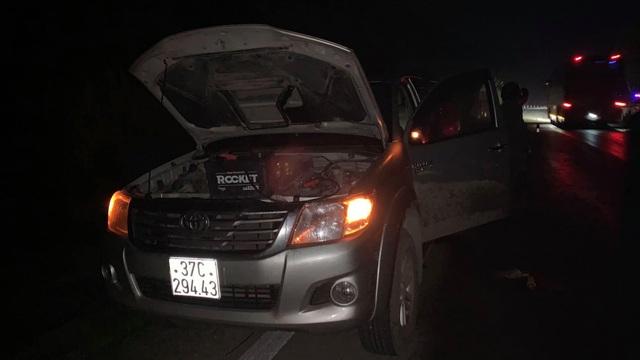 Đã bắt được tài xế lái Mazda CX5 bỏ chạy sau khi tông thương vong 2 người dừng sửa xe bên đường