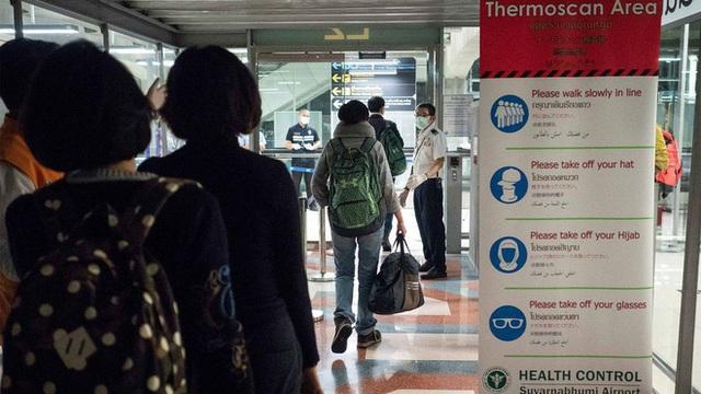 Một bệnh nhân người Trung Quốc nghi mắc viêm phổi lạ, đang bị cách ly