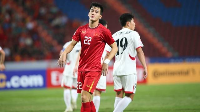 """Lượt cuối vòng bảng U23 châu Á: U23 Việt Nam rời giải, các """"hạt giống"""" đua nhau rơi rụng"""