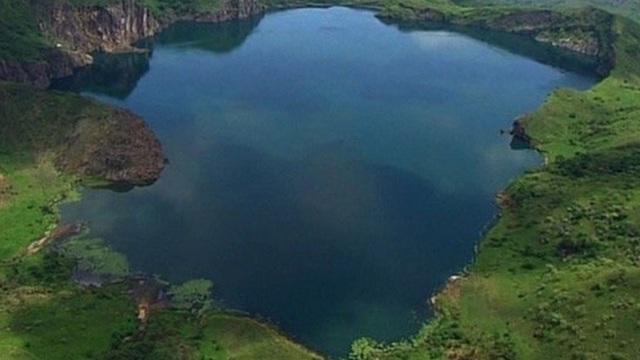 1001 thắc mắc: Hồ Nyos có bí ẩn gì mà một giờ giết chết 1700 người?