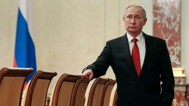"""Tổng thống Putin thẳng thắn bác bỏ kịch bản """"nắm quyền trọn đời"""""""