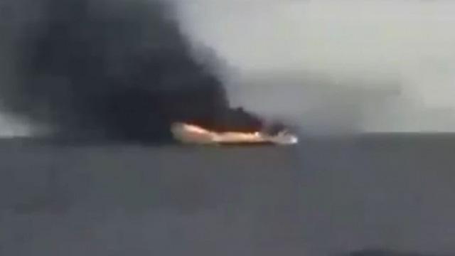 MiG-23 đánh trúng tàu chở đầy vũ khí Thổ Nhĩ Kỳ ở Libya - Cháy nổ khủng khiếp