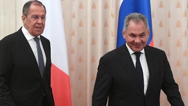 """TT Nga Putin phê chuẩn nội các chính phủ mới: Những ai còn yên vị, những ai phải """"rời đi""""?"""