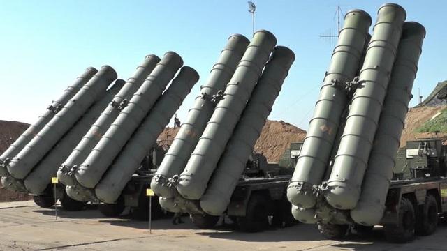 Lý do Nga bất ngờ chuyển S-400 từ căn cứ Hmeymim tới sát biên giới Iraq