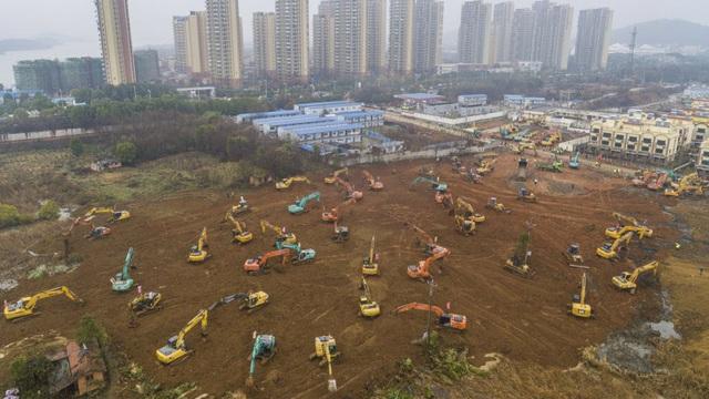 7 ngày qua ảnh: TQ xây bệnh viện khẩn cấp trong 10 ngày để đối phó với dịch viêm phổi Vũ Hán