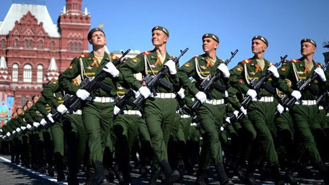 """Quân đội Nga liệu có khôi phục được """"vinh quang Liên Xô""""?"""