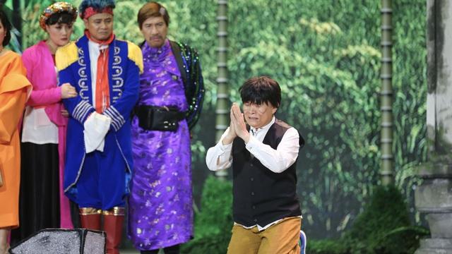 Lộ kịch bản mới của chương trình thay thế Táo Quân: Xuân Hinh đóng Chí Phèo, đập đầu ăn vạ