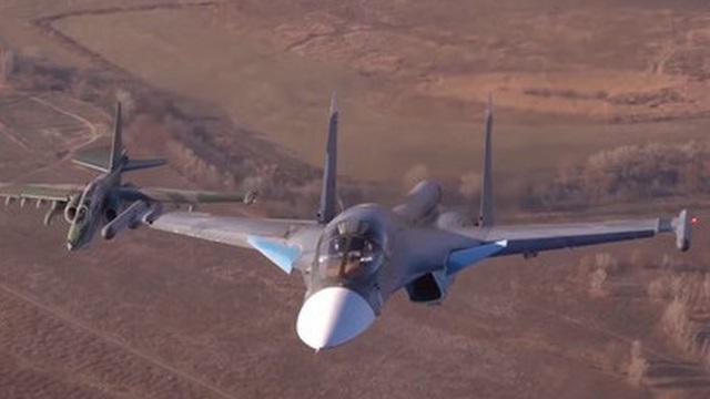 """Su-34 Nga """"nổi giận"""", Thổ Nhĩ Kỳ hốt hoảng ngừng chiến ở Idlib"""