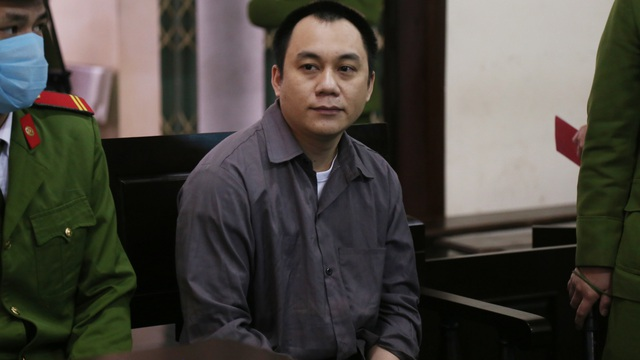 Tài xế container đâm Innova lùi trên cao tốc làm 5 người chết bị đề nghị mức án 4 - 5 năm tù
