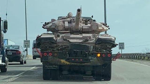 """Xe tăng T-90 Nga lì lợm nhất ở chiến trường bất ngờ bị """"tóm sống"""" tại Mỹ: Nổ tranh cãi"""