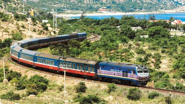 Ngành đường sắt có nguy cơ dừng chạy tàu trên toàn quốc: Vì chuyển đổi chủ sở hữu?