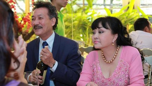 Cuộc sống giàu có của danh ca Hương Lan cùng người chồng thứ hai