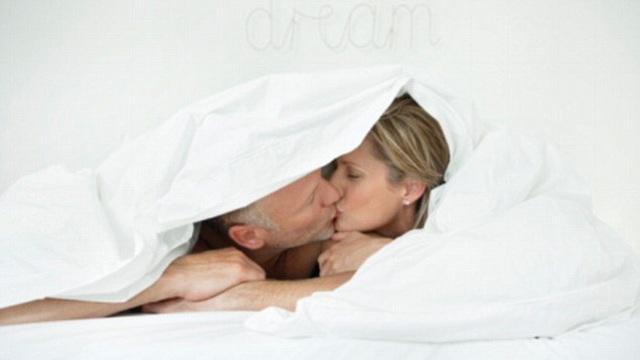 Lý do tình dục tốt cho chuyện tình cảm
