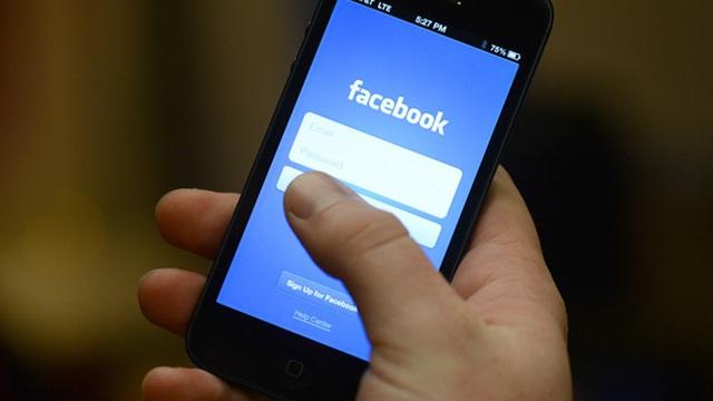 Facebook từng bí mật phát triển một smartphone chỉ dành cho người thuận tay phải